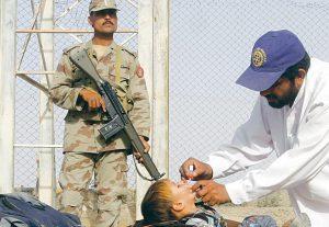 09 - pakistan-oral-polio-vaccine-696x480.jpg